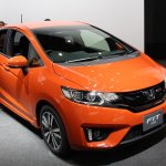 2014 Honda Fit RS front three quarter