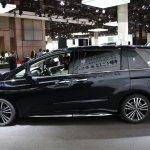 2014 Honda Odyssey Absolute side