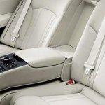 2014 Hyundai Genesis launched rear armrest
