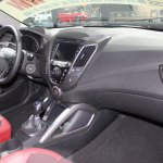 2014 Hyundai Veloster Turbo R-Spec interiors