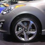 2014 Hyundai Veloster alloy wheel