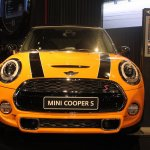 2014 MINI Cooper S front