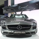 2014 Mercedes SLS AMG GT Final Edition front
