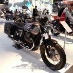2014 Moto Guzzi V7 Special front three quarters