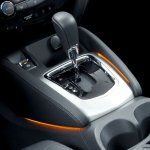2014 Nissan Qashqai gear lever
