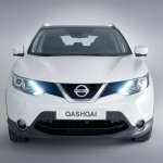 2014 Nissan Qashqai white front