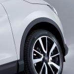 2014 Nissan Qashqai white wheel