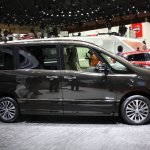 2014 Nissan Serena side
