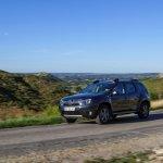 2014 Renault Duster Facelift front quarter
