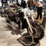 2014 Triumph Thunderbird Commander front three quarters