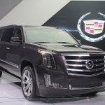 2015 Cadillac Escalade front quarter