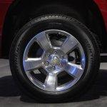2015 Chevrolet Tahoe alloy wheels