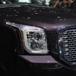 2015 GMC Yukon headlight