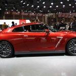 2015 Nissan GT-R side