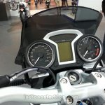 BMW R 1200 R DarkWhite display