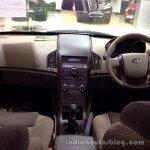 Mahindra XUV500 W4 dashboard