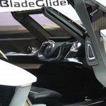 Nissan BladeGlider Concept interiors