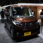Nissan DAYZ ROOX Highway Star front three quarter