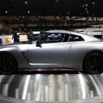 Nissan GT-R Nismo side right