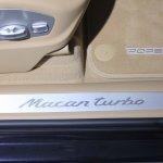 Porsche Macan Turbo door sill