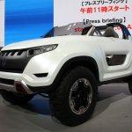 Suzuki X-LANDER front quarter
