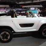 Suzuki X-LANDER side image