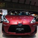 Toyota Aqua Air front