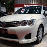 Toyota Corolla Axio Hybrid front quarter