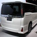Toyota Voxy rear quarter