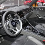 VW CrossBlue Coupe steering wheel