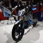 Yamaha PES1 front three quarters