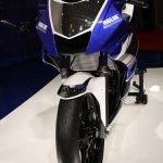 Yamaha R25 front