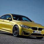 2014 BMW M4 leaked front quarter