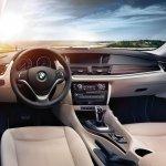 2015 BMW X1 dashboard press shot