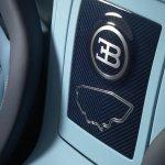 Bugatti Veyron Jean-Pierre Wimille center