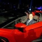 Lamborghini Veneno Roadster World Premiere door
