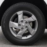 Renault Duster Road Tech II Edition alloy wheel