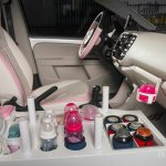 Volkswagen Mama Up! front seats