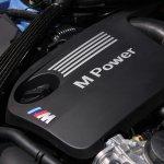 2014 BMW M3 at 2014 NAIAS engine 3