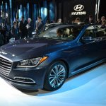 2014 Hyundai Genesis at 2014 NAIAS front quarter