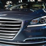 2014 Hyundai Genesis at 2014 NAIAS headlight