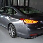 2014 Hyundai Genesis at 2014 NAIAS rear htree quarter 2