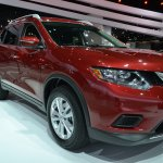 2014 Nissan Rogue front three quarters at NAIAS 2014