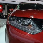 2014 Nissan Rogue headlamp at NAIAS 2014