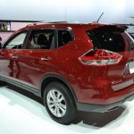 2014 Nissan Rogue rear three quarters at NAIAS 2014