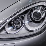2014 Porsche Cayenne Platinum Edition headlamp at NAIAS 2014
