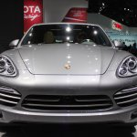 2014 Porsche Cayenne Platinum Edition nose at NAIAS 2014