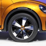 2014 VW Beetle Dune Concept at 2014 NAIAS wheel