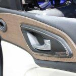 2015 Chrysler 200 door release at NAIAS 2014
