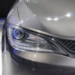 2015 Chrysler 200 headlamp at NAIAS 2014